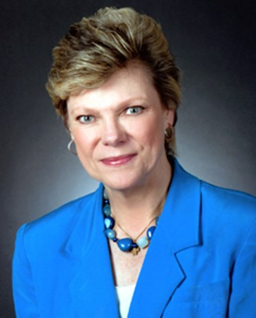 Cokie Roberts headshot