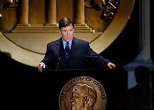 <p>Why Bob Costas is a win for meeting planners</p>