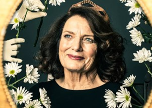 <p>Margaret Trudeau is the star of a one woman show</p>