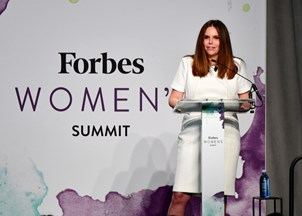 <p>Moira Forbes draws praise (and trends on Twitter) at 2017 Forbes Women's Summit</p>