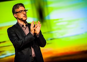 <p><strong>Steven Levitt challenges the status quo in an unconventional experiment  </strong></p>