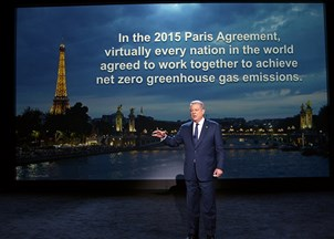 <p>Al Gore and An Inconvenient Sequel: Truth to Power receive rave reviews</p>
