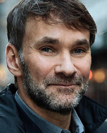 Keith  Ferrazzi headshot