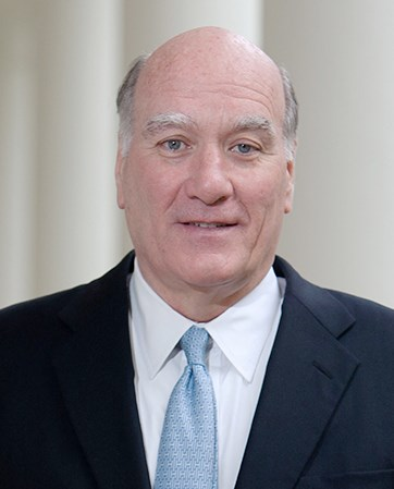 Bill  Daley headshot