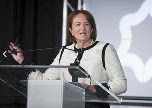 <p><strong>Karen Mills generates Twitter praise for actionable insights at economic forum luncheon </strong></p>