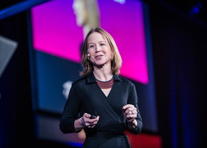 <p>April Rinne shares substantive insights on the new economy at the Microsoft Summit</p>