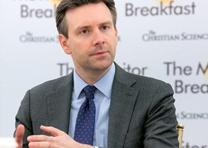 <p><strong>Josh Earnest is sought-out for candid analysis on top issues </strong></p>