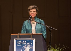 <p>Cokie Roberts receives rave reviews from event-planners and audience members alike </p>