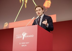 <p>Ronan Farrow featured in documentary Untouchable</p>