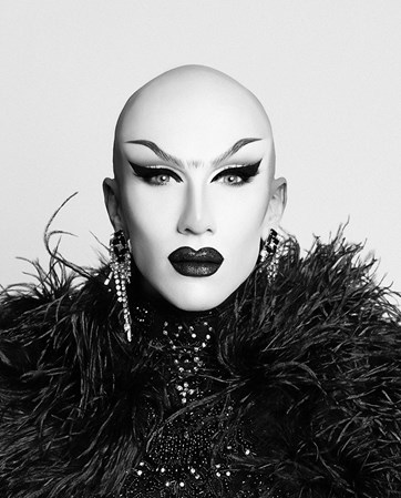 Sasha Velour headshot