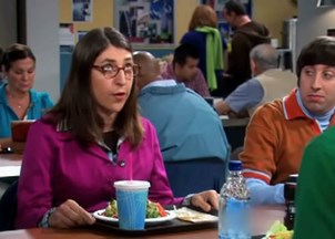 <p><span>The Big Bang Theory: Mayim Bialik makes science cool & funny</span></p>