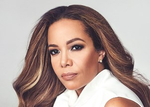 <p><em>'T</em><em>he View</em>'s Sunny Hostin Writes Memoir About Growing Up Afro-Latina and Fighting For Justice,' by <em>People</em> Magazine exclusively announces Sunny's powerful new memoir, <em><strong>I Am These Truths</strong></em>, which is a unique and intimate look at identity, intolerance, and injustice</p>