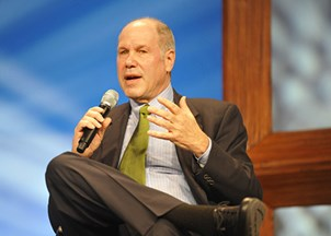 <p>Eisner Engages 3,500+ Crowd with Iconic Business/Innovation Lessons</p>
