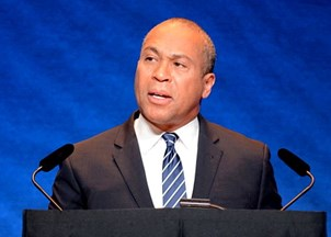 <p>Former Massachusetts Governor Deval Patrick Delivers Moving MLK Speech</p>