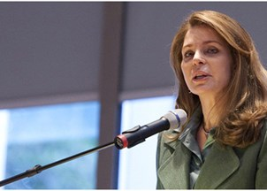 <p><strong>Queen Noor sought-out for empowering and informative keynotes</strong></p>