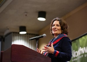<p><strong>Margaret Trudeau receives rave reviews at YWCA </strong></p>