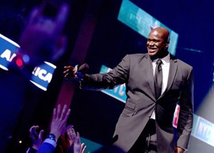 <p>Shaq delivers powerful insights on leadership to rave reviews </p>
