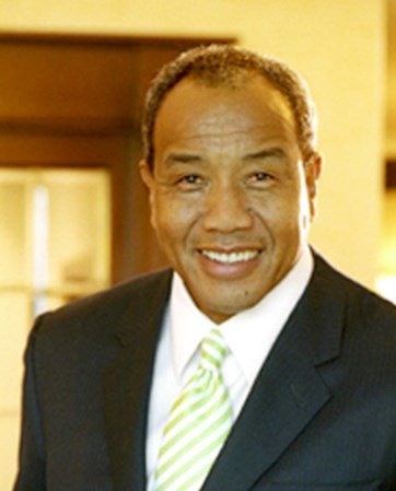 Michael  Lee-Chin headshot